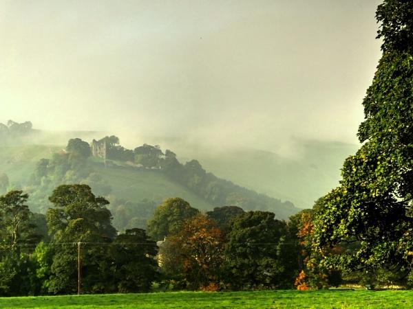 Morning Mist by ianmoorcroft