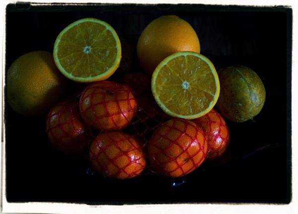 Oranges by kojack