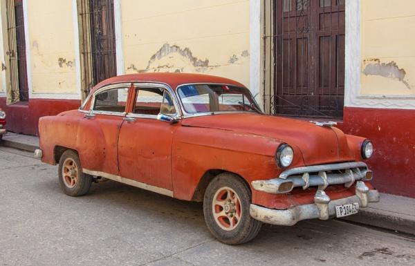 Holquin, Cuba by iajohnston