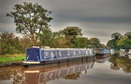 Canal narrow boats