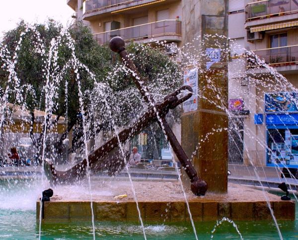 Water everywhere by ddolfelin