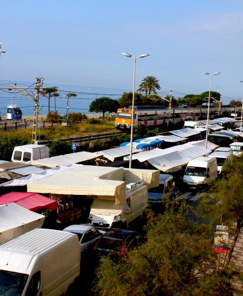 Street Market by ddolfelin