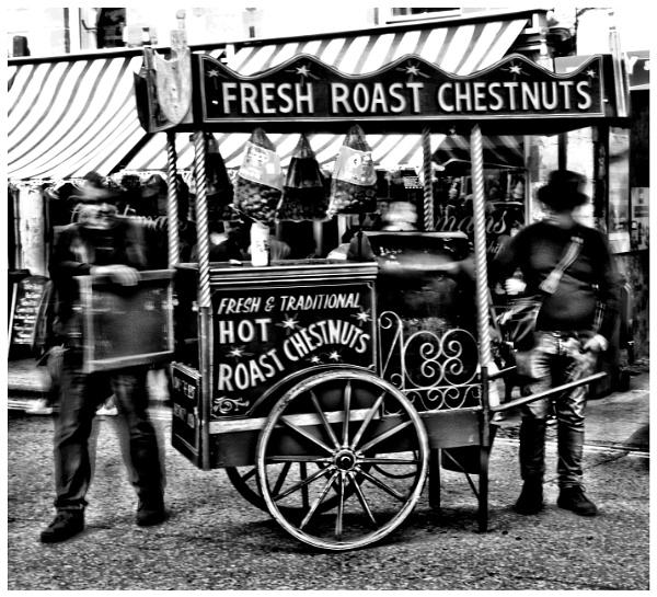 ROAST CHESTNUT SELLER. by kojack