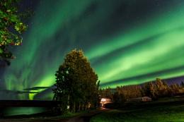 Shimmering Iceland!