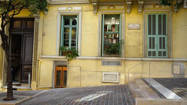 Rue Princesse Caroline, Monaco by tonycullen