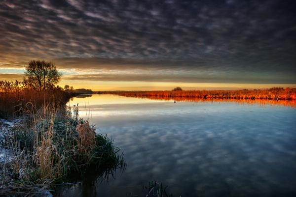 Cloud Reflect by chris-p