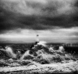Photo : Crashing Waves