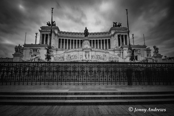 Vittorio Emanuele II monument by JonnyNI