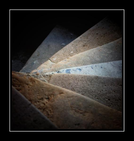 Steps by Vambomarbleye