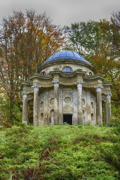 Temple of Apollo @ Stourhead. by tedtoop