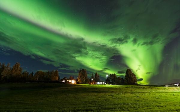 Tornado aurora by pdunstan_Greymoon