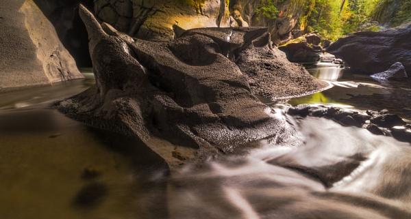 Atluck Creek, Vancouver Island by BobinAus