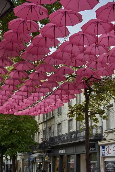 les parapluies de Saumur by Meditator