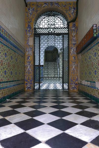 Doorway, Cadiz Spain by tonycullen