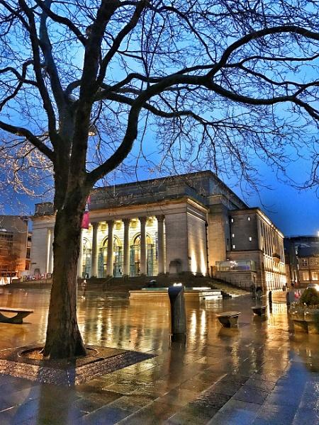 Sheffield city hall by dazzaman