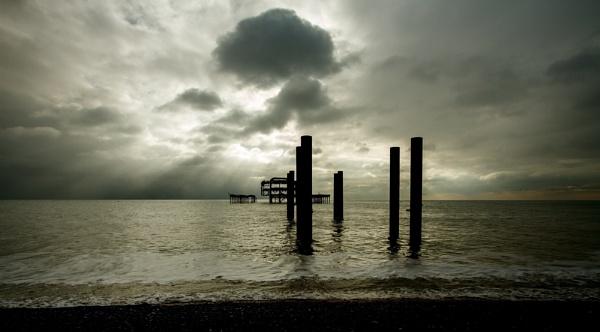 Brighton beach by Growmore
