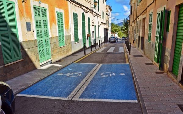 Disabled Parking !!!!!!! by richardCJ