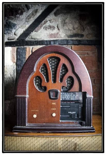 Radio Ga Ga by nklakor