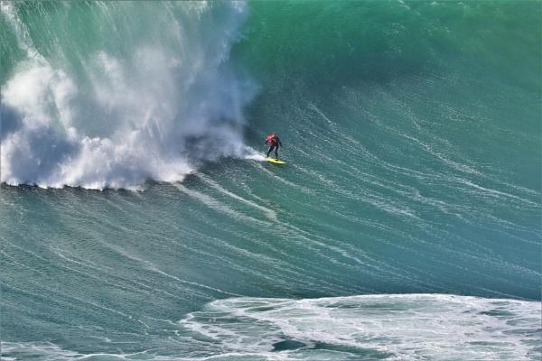 World class big wave surgfer Ross Clarke Jones by Hedoman