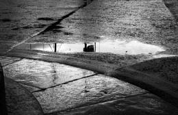 Photo : Reflective puddles