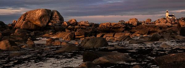 Croazou Lighthouse by Zydeco_Joe