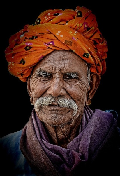 Patriarch of Bundi by sawsengee