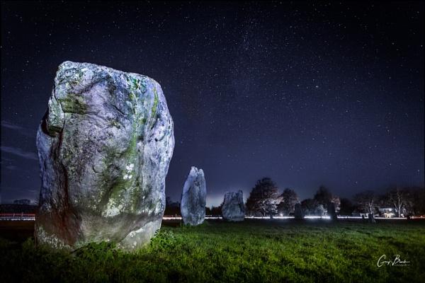 Avebury Stones by MonochromeTear
