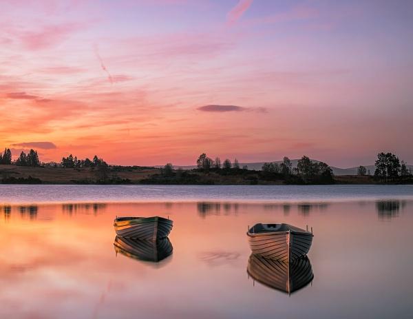 Morning Loch Rusky by hwatt