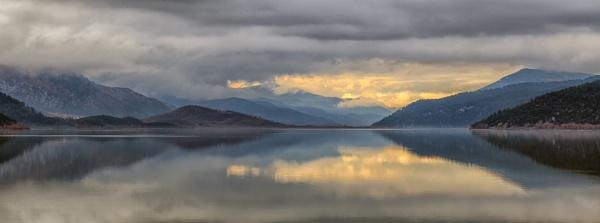Lake Kovada by ayuksel