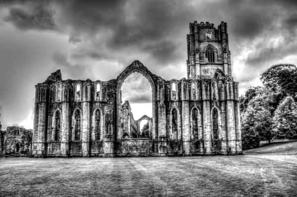 Fountain Abbey by RPilon63