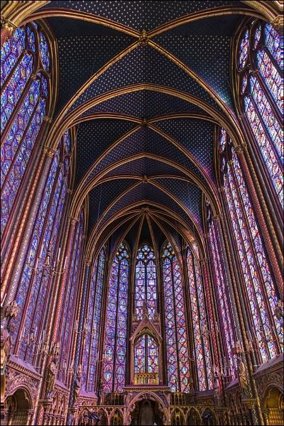 Sainte Chapelle by Les_Cornwell