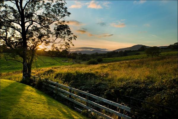 Grayrigg Sunset by Les_Cornwell