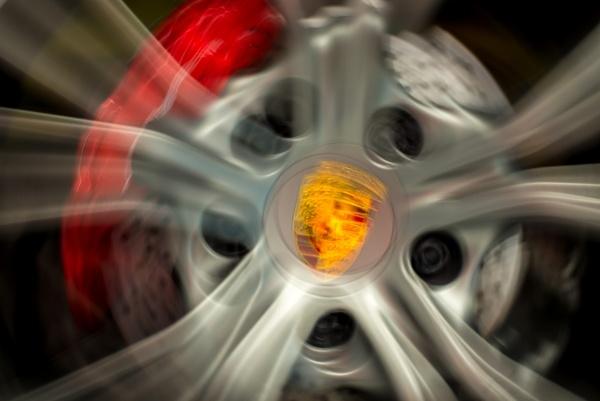 Porsche ICM by falsecast