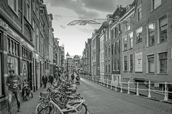 Delft by joop_