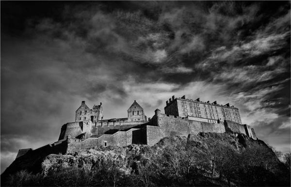 Edinburgh Castle by KingBee