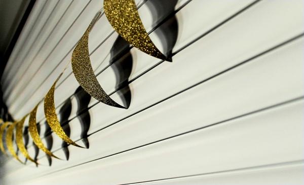 Gold Streamers by helenlinda