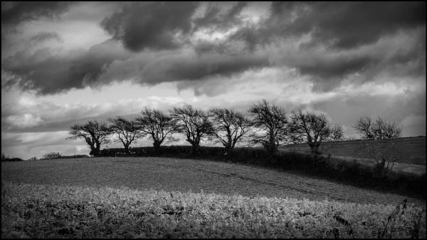 Stormy Skyline by bwlchmawr