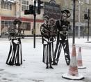 Statues in the Snow by RysiekJan