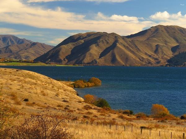 Lake Aviemore 9