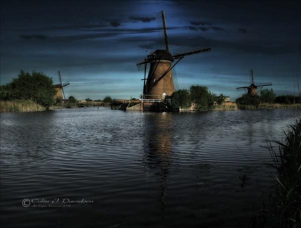 Kinderdijk. by colijohn