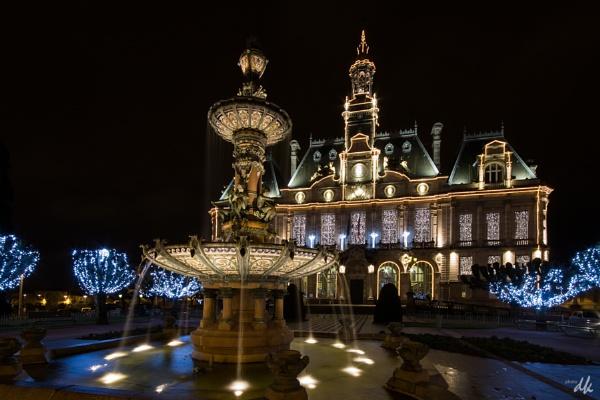 Hotel de Ville, Limoges by chataignier