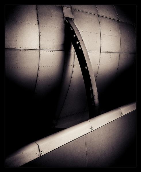Tin Rib by Vambomarbleye
