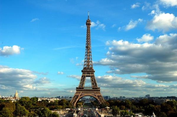 Eiffel Tower. by travelslide