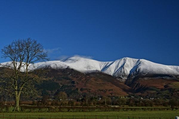 Snow peak by ANNDORASBOX