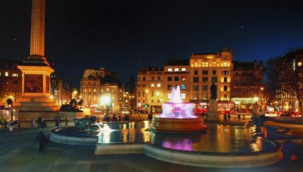 Trafalgar Square by KrazyKA