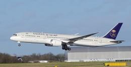 Saudia Dreamliner with macro lens