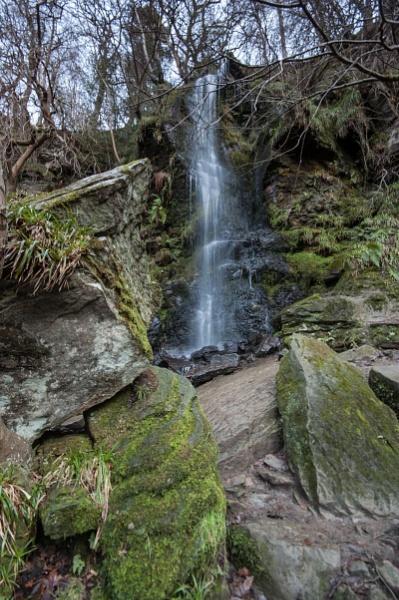 Mallyan Spout Waterfall by alfonsofrisk