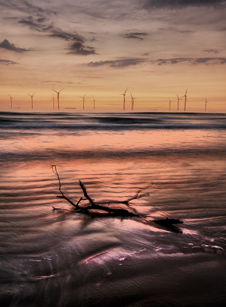 Redcar sunrise 3 by feather1