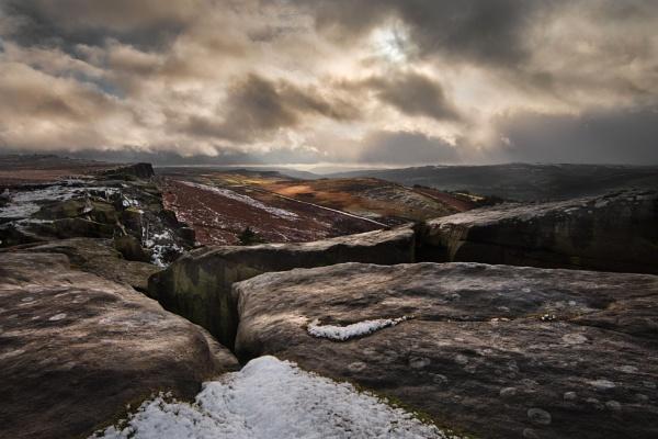 Winter on the Edge by Trevhas