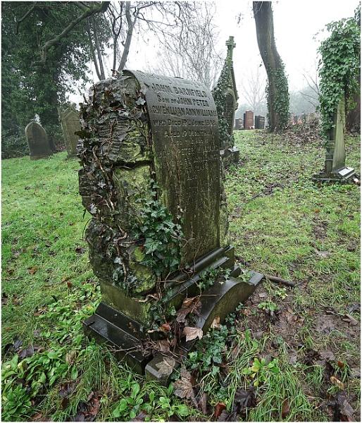 Tyldesley Cemetery by johnriley1uk
